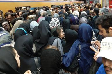 Crowds in Tehran underground station. FILE
