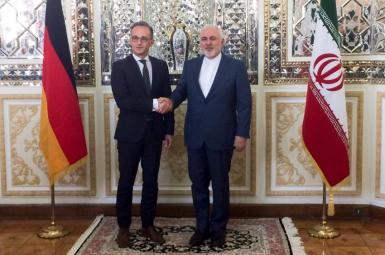German foreign minister Heiko Maas with Javad Zarif in Tehran. FILE