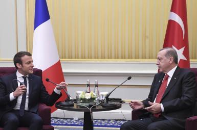 امانوئل مکرون رئیسجمهور فرانسه قرار است روز جمعه هفته جاری با رجب طیب اردوغان رئیسجمهور ترکیه دیدار کند.