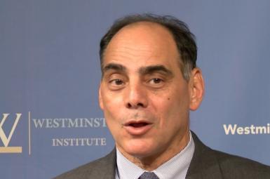 جیمز کارافانو , معاون مدیر انستیتوی مطالعات بینالمللی در بنیاد هریتج