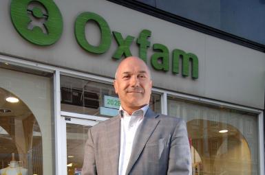 مارک گلدرینگ، مدیر اجرایی سازمان خیریه آکسفام