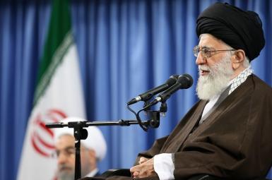 آیتالله علی خامنهای در دیدار با مسؤولان نظام و سفرای کشورهای اسلامی به مناسبت عید مبعث
