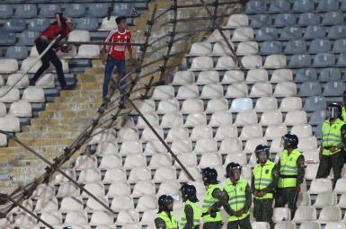 بازداشت ۴۳ هوادار تیم فوتبال تراکتورسازی درپی درگیری و تشنج در ورزشگاه آزادی