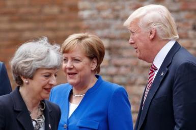 مرکل و سران دو کشور آمریکا و بریتانیا در نشست جی۷