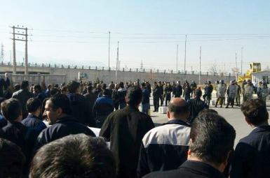 کارگران معترض کارخانه آذرآب