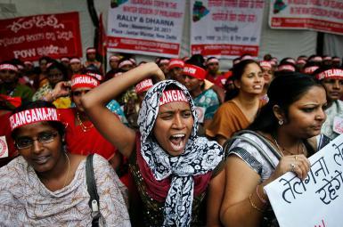 لایحه مجلس هند برای ممنوع کردن «سه طلاقه» زنان