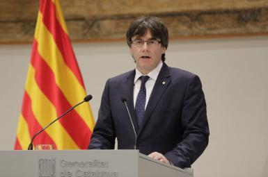 پوجدمان و چهارمقام محلی دولت کاتالونیا خود را تسلیم پلیس بلژیک کردند