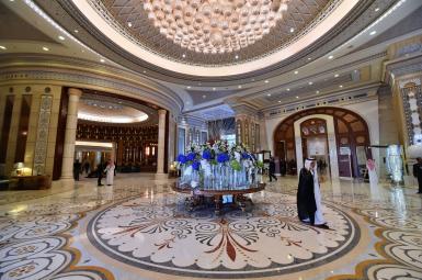 نمایی از داخل هتل ریتز کارلتون شهر ریاض
