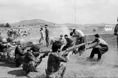 خانوادههای اعدامیان مهابادی سال ۶۲: محل دفن عزیزانمان کجاست؟