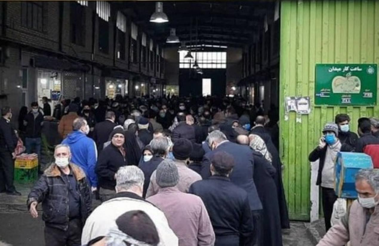 Long cues in Tehran at a chicken market as prices soar. November 25, 2020