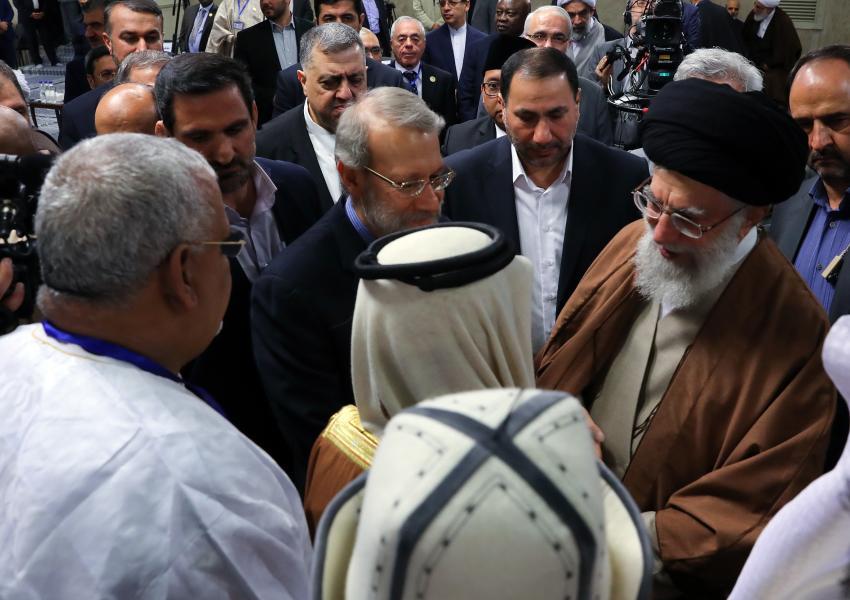 دیدار آیتالله خامنهای با شرکتکنندگان در سیزدهمین کنفرانس اتحادیهی بینالمجالس سازمان همکاری اسلامی در دیماه ۹۶