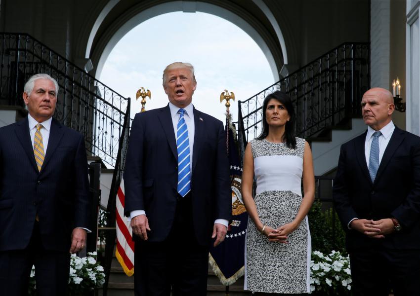 ترامپ در دیدار با، رکس تیلرسون ، مک مستر و نیکی هیلی