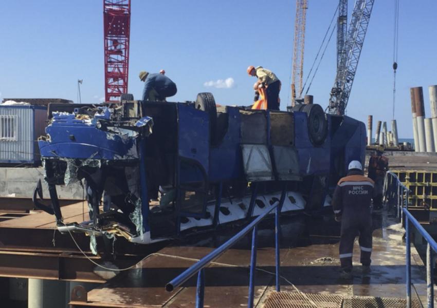 سقوط مرگبار اتوبوس در دریای سیاه
