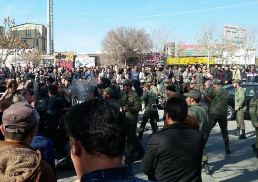 سندیکای کارگران شرکت واحد: سرکوب و کشتار خونین معترضین را محکوم میکنیم