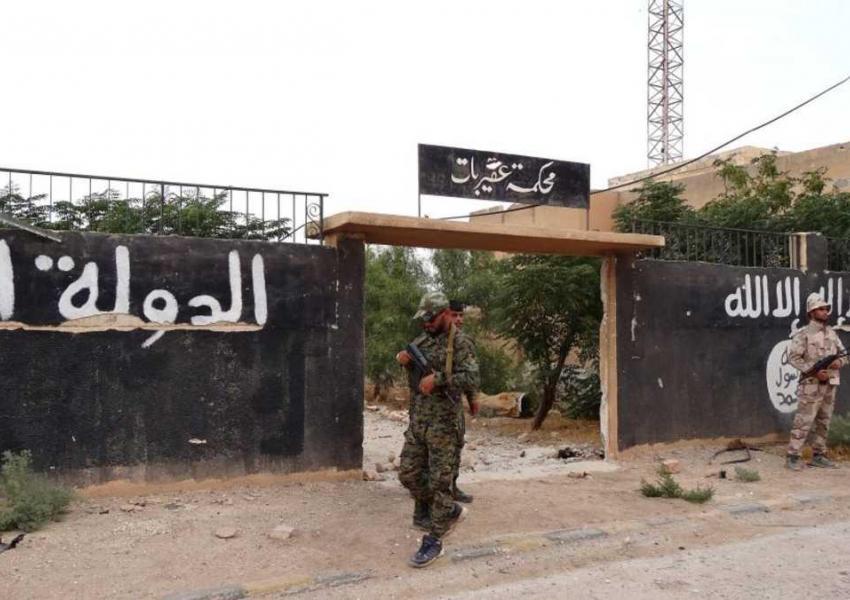 خروج شبهنظامیان از حماه