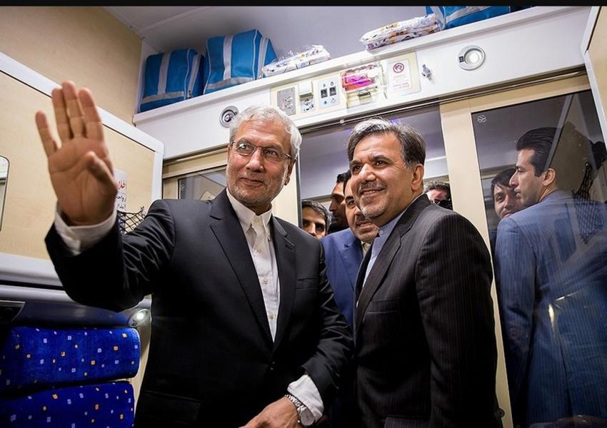 طرح استیضاح عباس آخوندی، وزیر راه، و علی ربیعی، وزیر کار دولت روحانی
