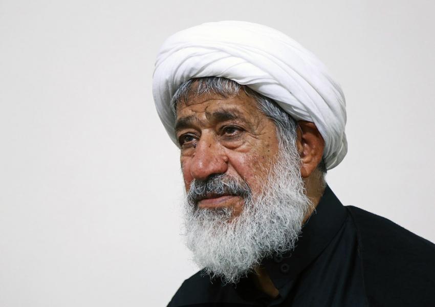 محمود امجد، استاد حوزه علمیه در واکنش به اعدام زم: خامنهای مسئول مستقیم  جنایتها از سال ۸۸ است | ایران اینترنشنال