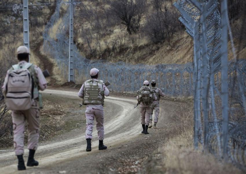 مرزبانان پاسگاه مرزی ساوجی درمریوان