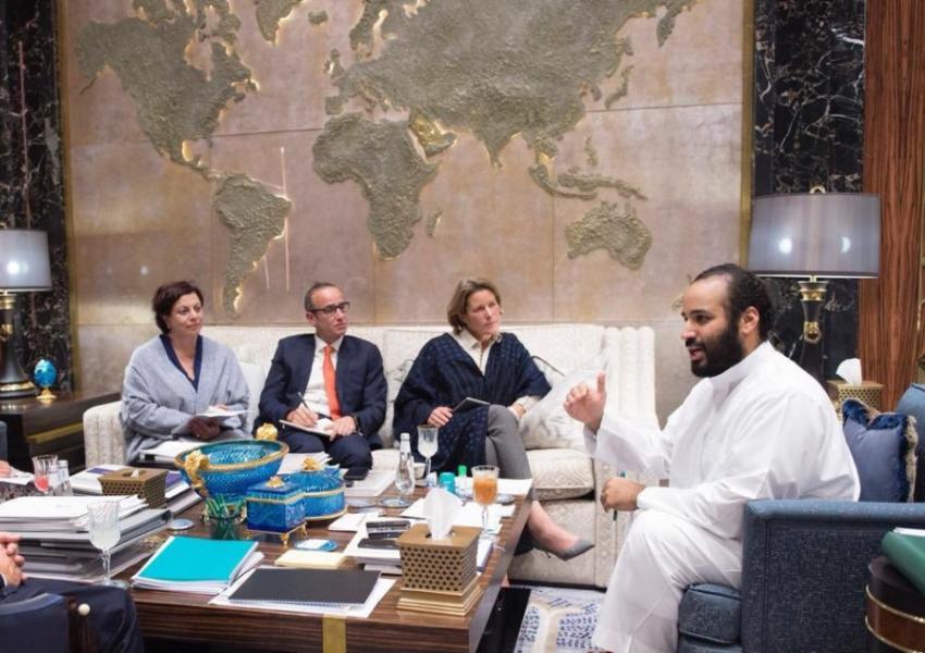محمد بنسلمان در گفتوگو با خبرنگاران خبرگزاری بلومبرگ