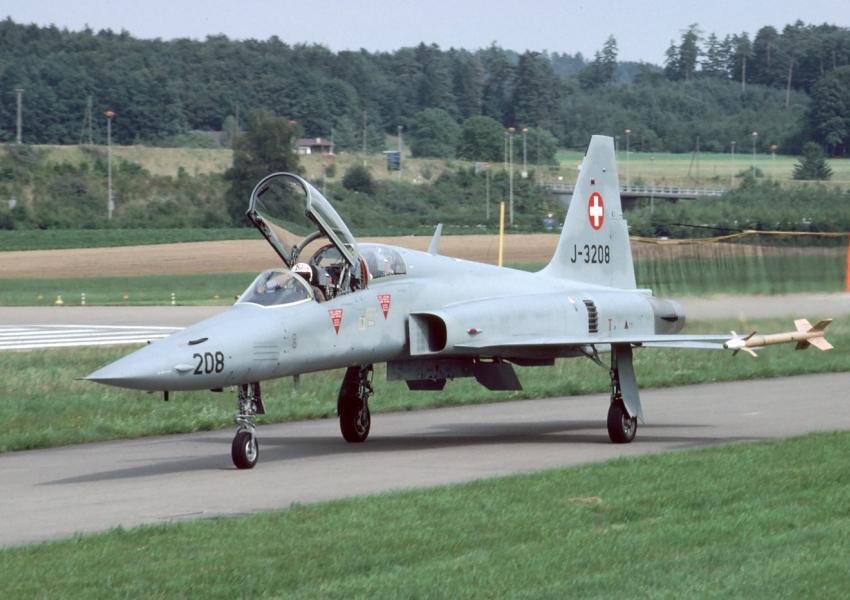 هواپیمای اف۵