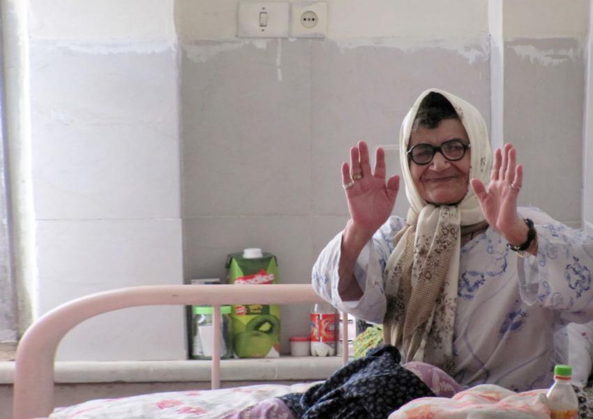 آمار زنان سالمند در ایران رو به افزایش است