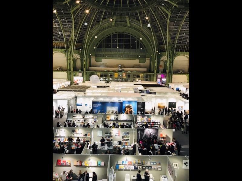 نمایی کلی از نمایشگاه پاریس فوتو